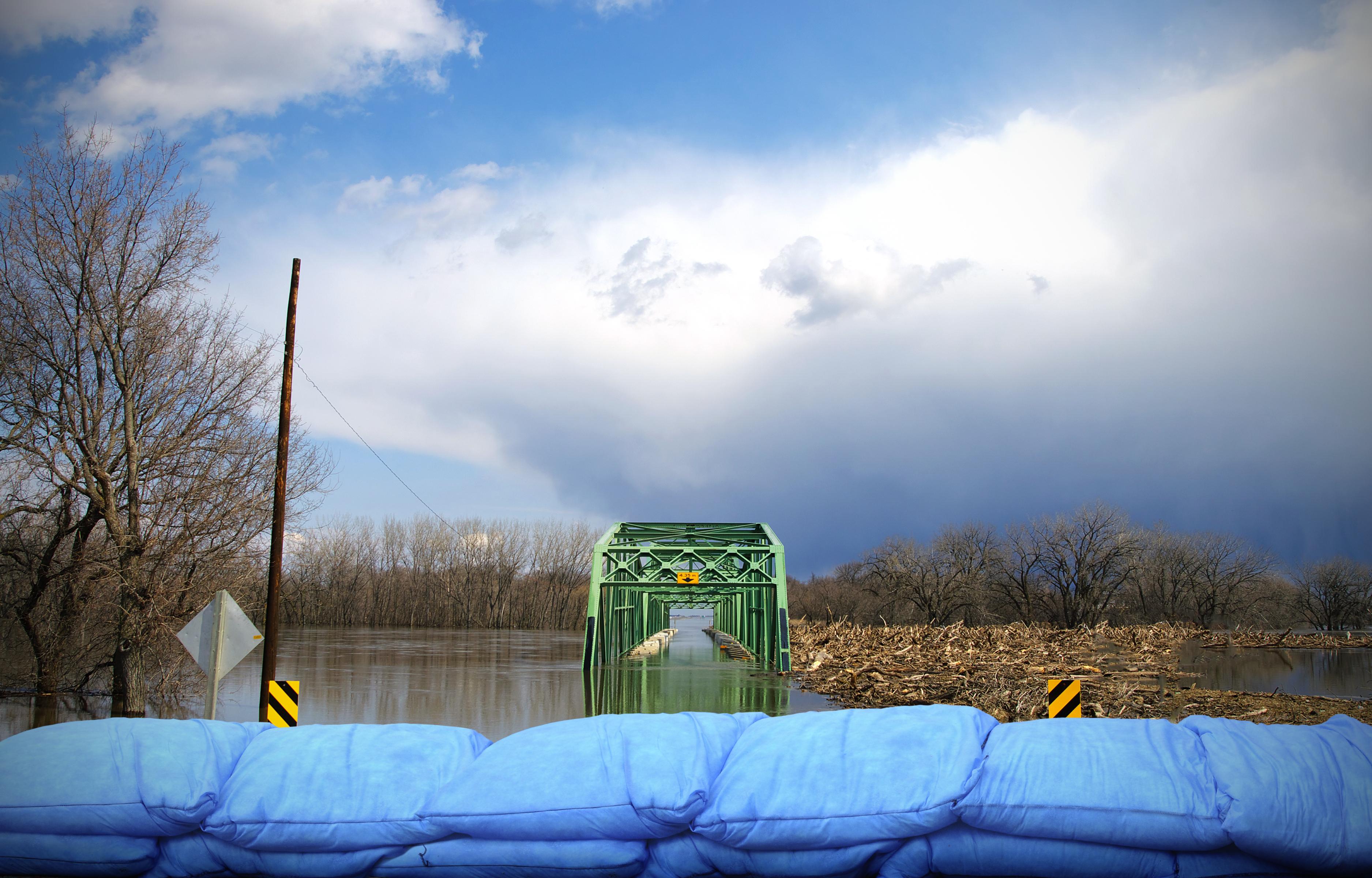 5400-aquapads-bridge-flood.jpg